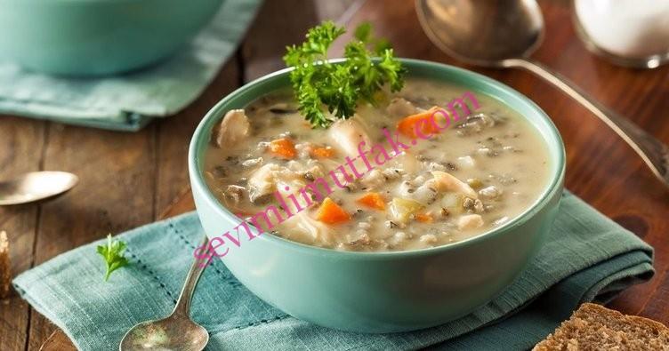 Sebzeli Tavuk Suyu Çorbası