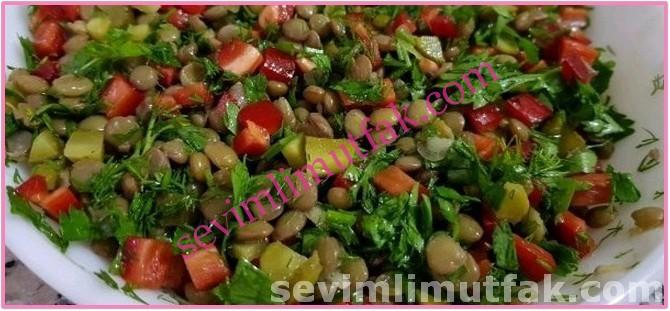 Yeşil Mercimek Salatası Nasıl Yapılır?