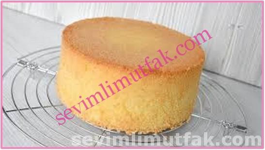 Yumuşacık Pasta Keki (Pandispanya) Nasıl Yapılır?