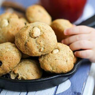Elmalı Üzümlü Şekersiz Kurabiye Nasıl Yapılır?